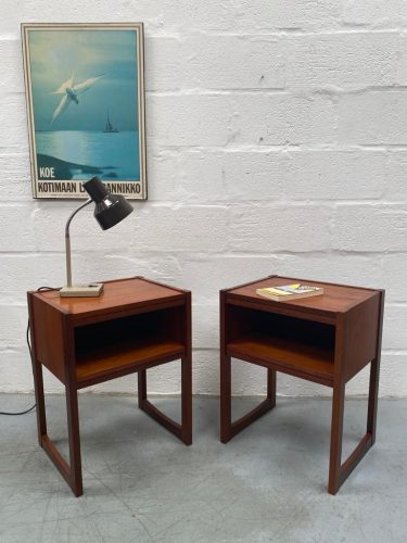 Pair of Mid Century Vintage Bedside Cabinets / Side Tables 1960s 1970s Retro