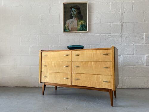 1950s Mid Century Walnut Chest of Drawers by Alfred Cox